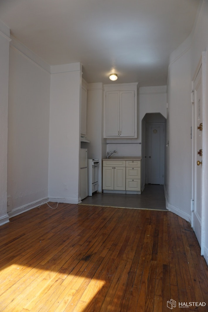 359 West 126th Street 1d, Upper Manhattan, NYC, 10027, $1,450, Rented Property, Halstead Real Estate, Photo 3