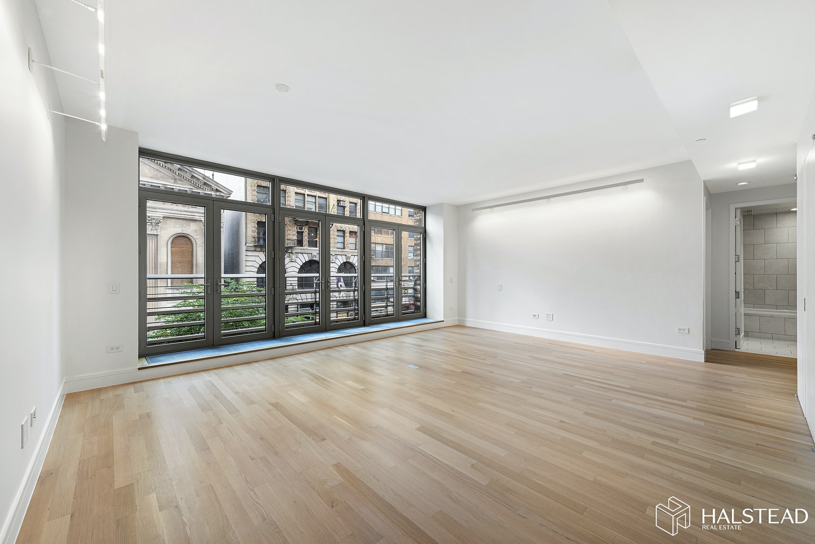 124 West 23rd Street 3A, Chelsea, NYC, $7,635, Web #: 20130285