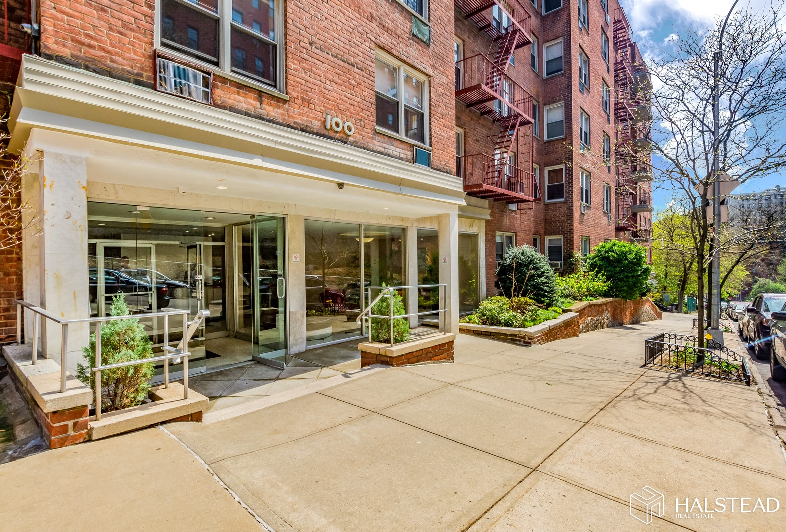 100 Overlook Terrace 53, Upper Manhattan, NYC, $359,000, Web #: 20169642