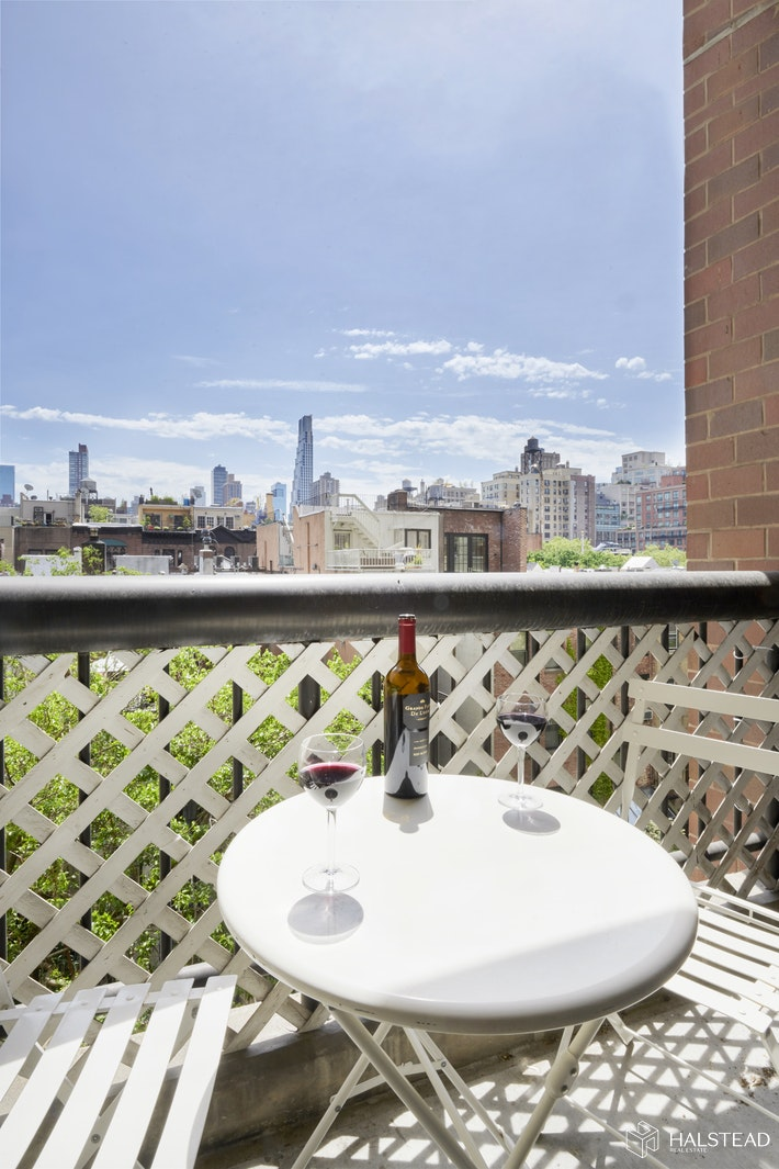 130 West 79th Street 4b, Upper West Side, NYC, 10024, $949,000, Property For Sale, Halstead Real Estate, Photo 3