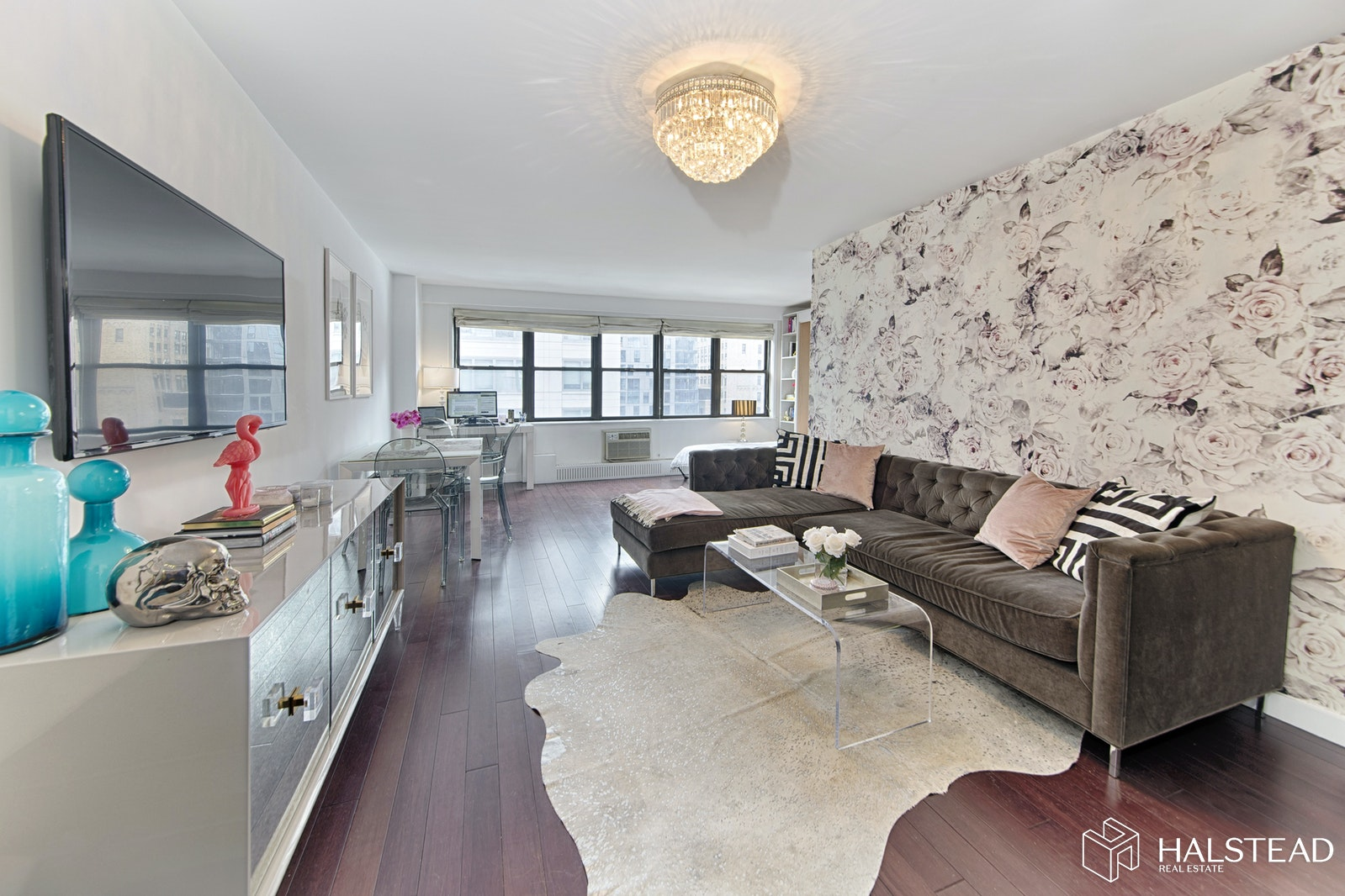 330 Third Avenue 14J, Gramercy Park, NYC, $595,000, Web #: 20198611