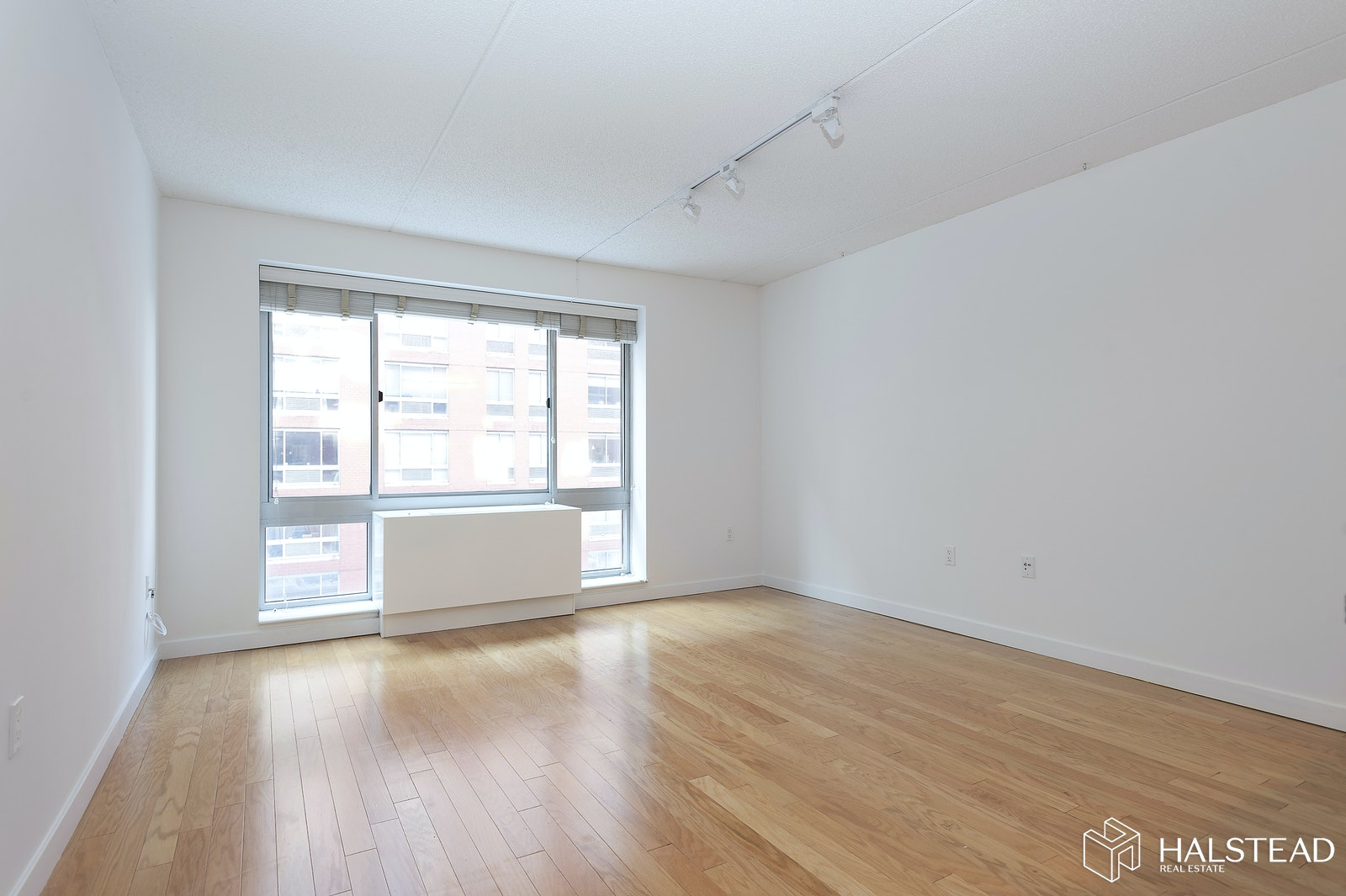 555 West 23rd Street N6p, Chelsea, NYC, 10011, $3,600, Rented Property, Halstead Real Estate, Photo 3