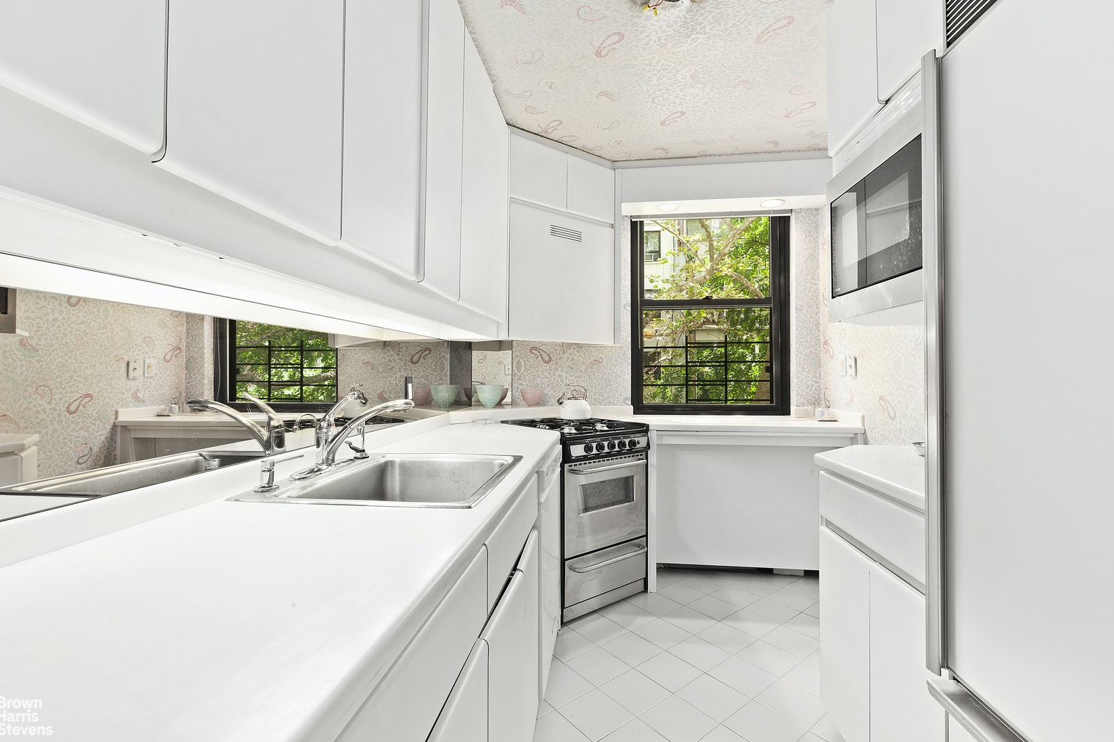 420 East 51st Street 3C, Midtown East, NYC, $429,000, Web #: 20206244