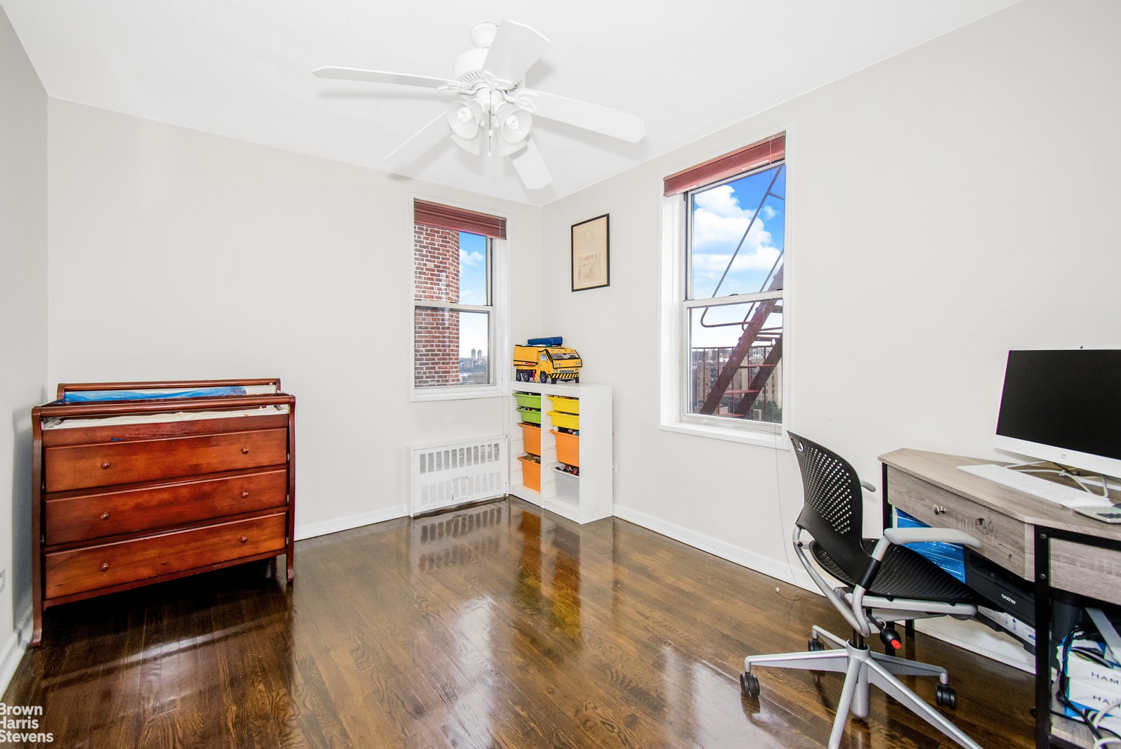 100 Overlook Terrace 812, Upper Manhattan, NYC, $650,000, Web #: 20206752