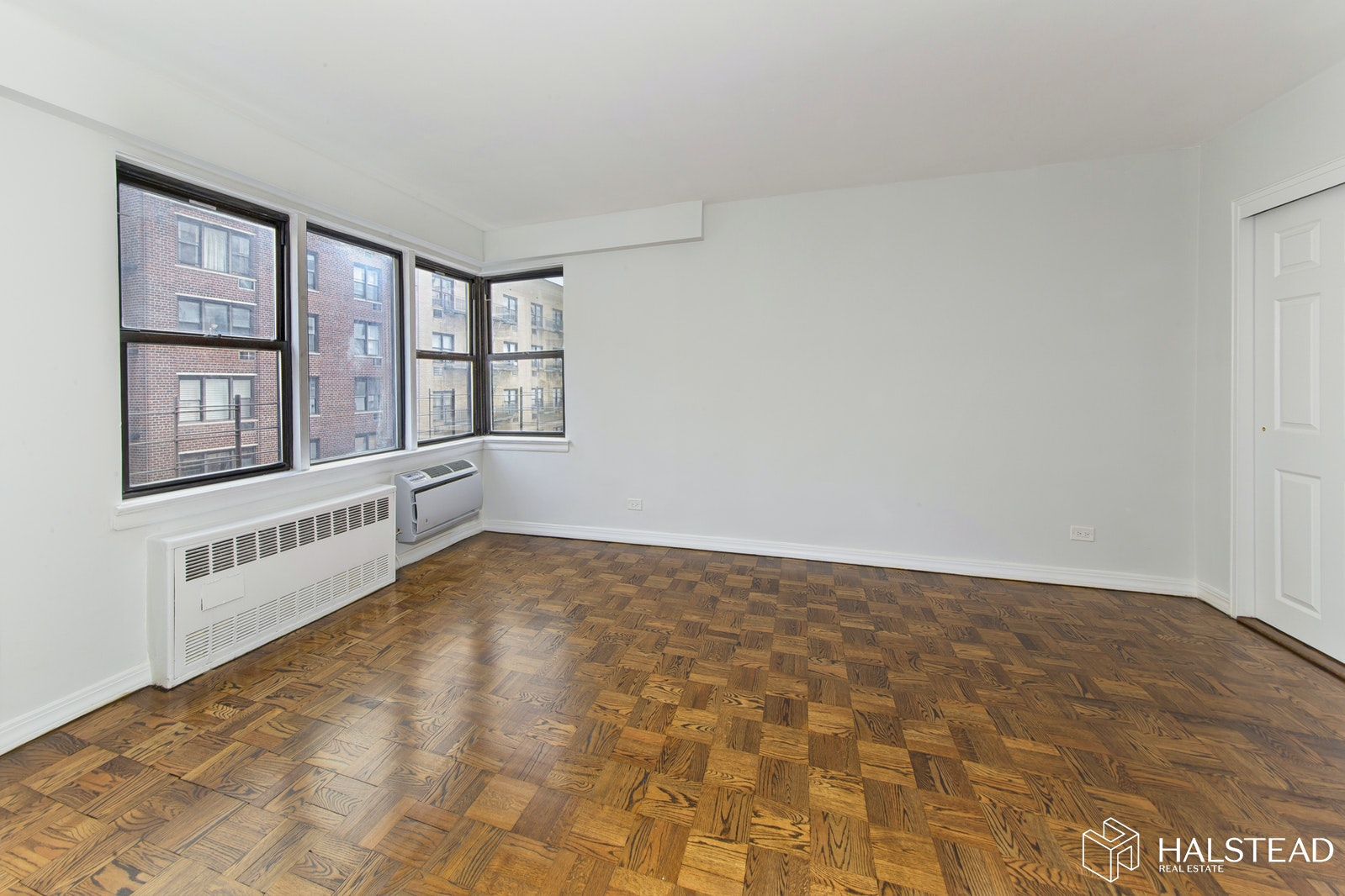 200 East 15th Street 11H, Gramercy Park, NYC, $4,523, Web #: 20227420