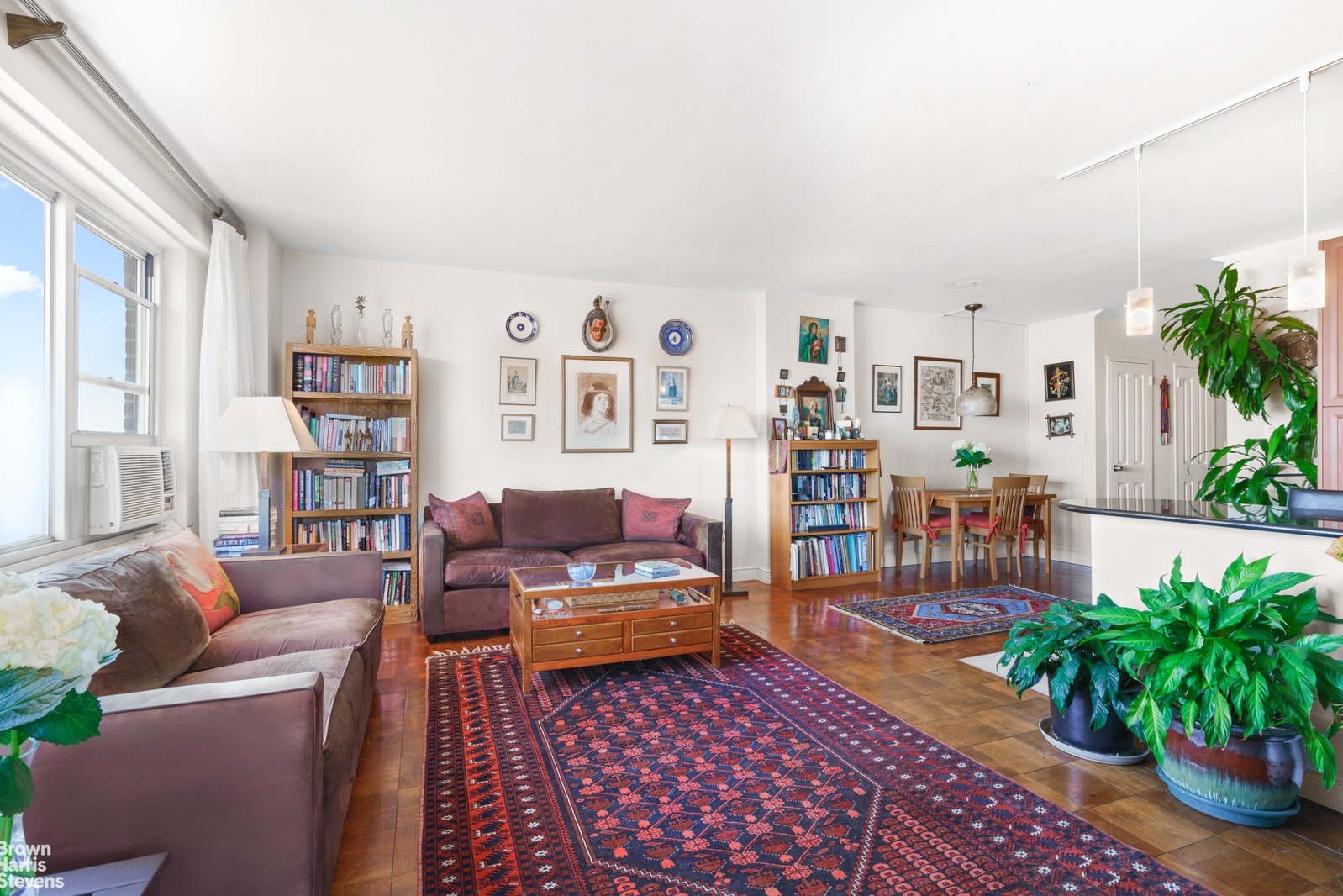 477 FDR Drive, Lower East Side, NYC, $895,000, Web #: 20233509