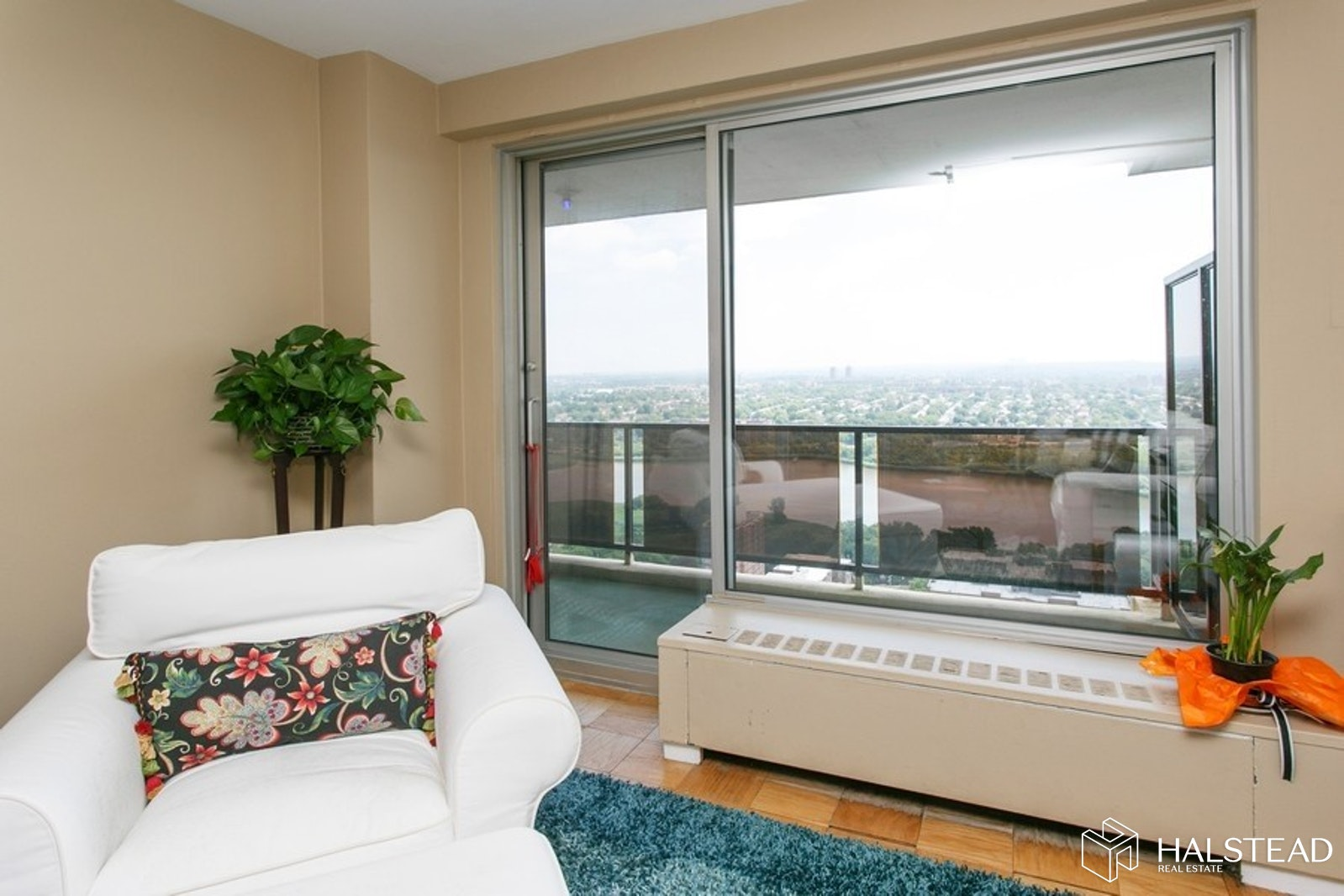 110-11 Queens Blvd 33J, Forest Hills, Queens, NY, $439,000, Web #: 20238438
