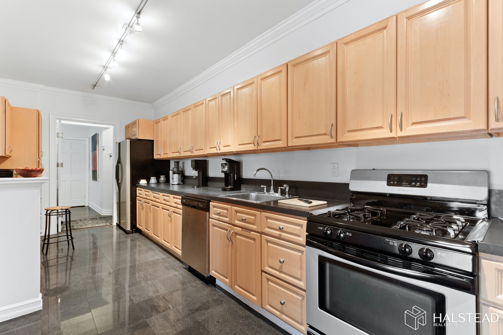 1075 Grand Concourse 2R, Concourse, New York, $649,000, Web #: 20243054