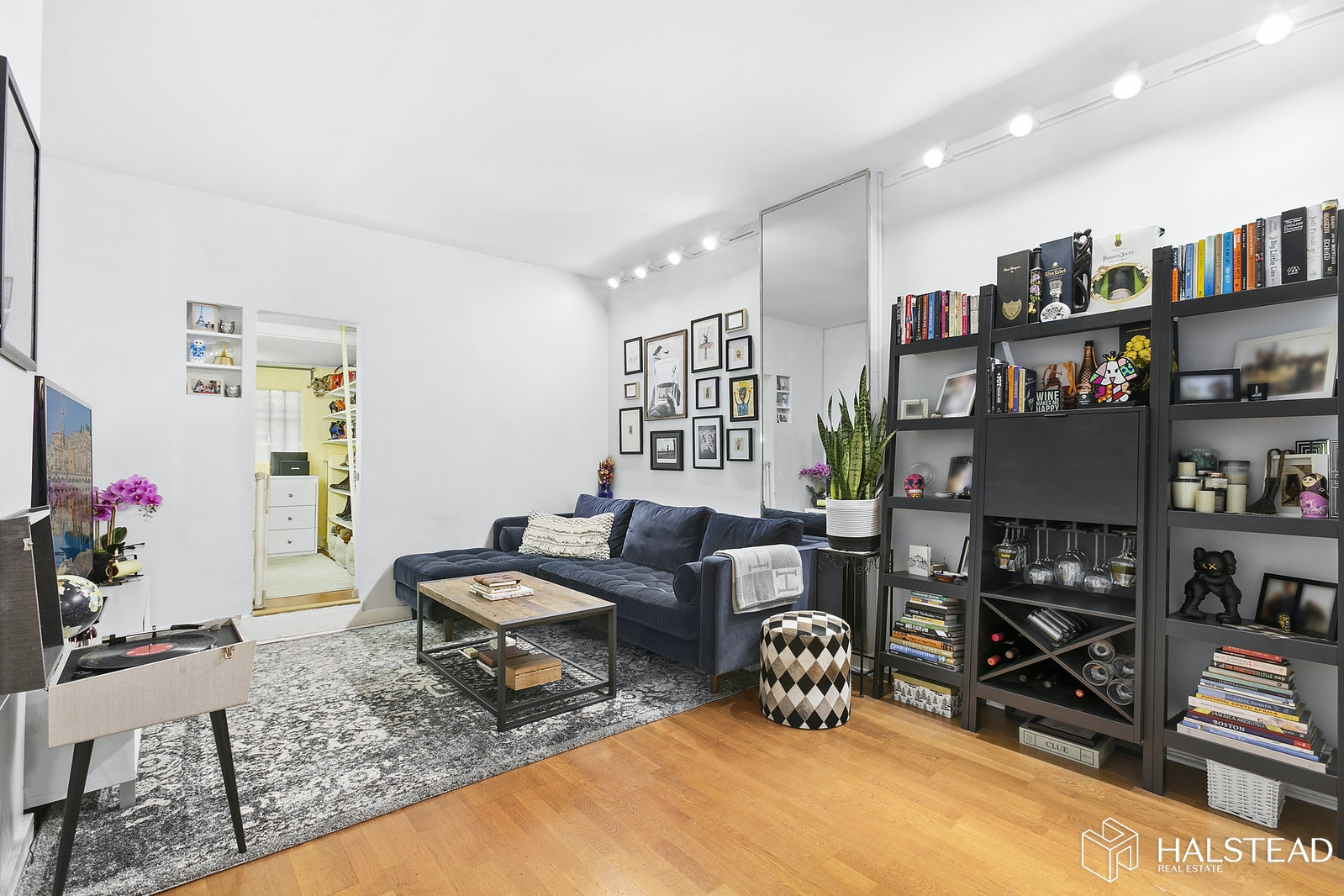 138 East 36th Street 1b, Murray Hill Kips Bay, NYC, 10016, $389,000, Property For Sale, Halstead Real Estate, Photo 1