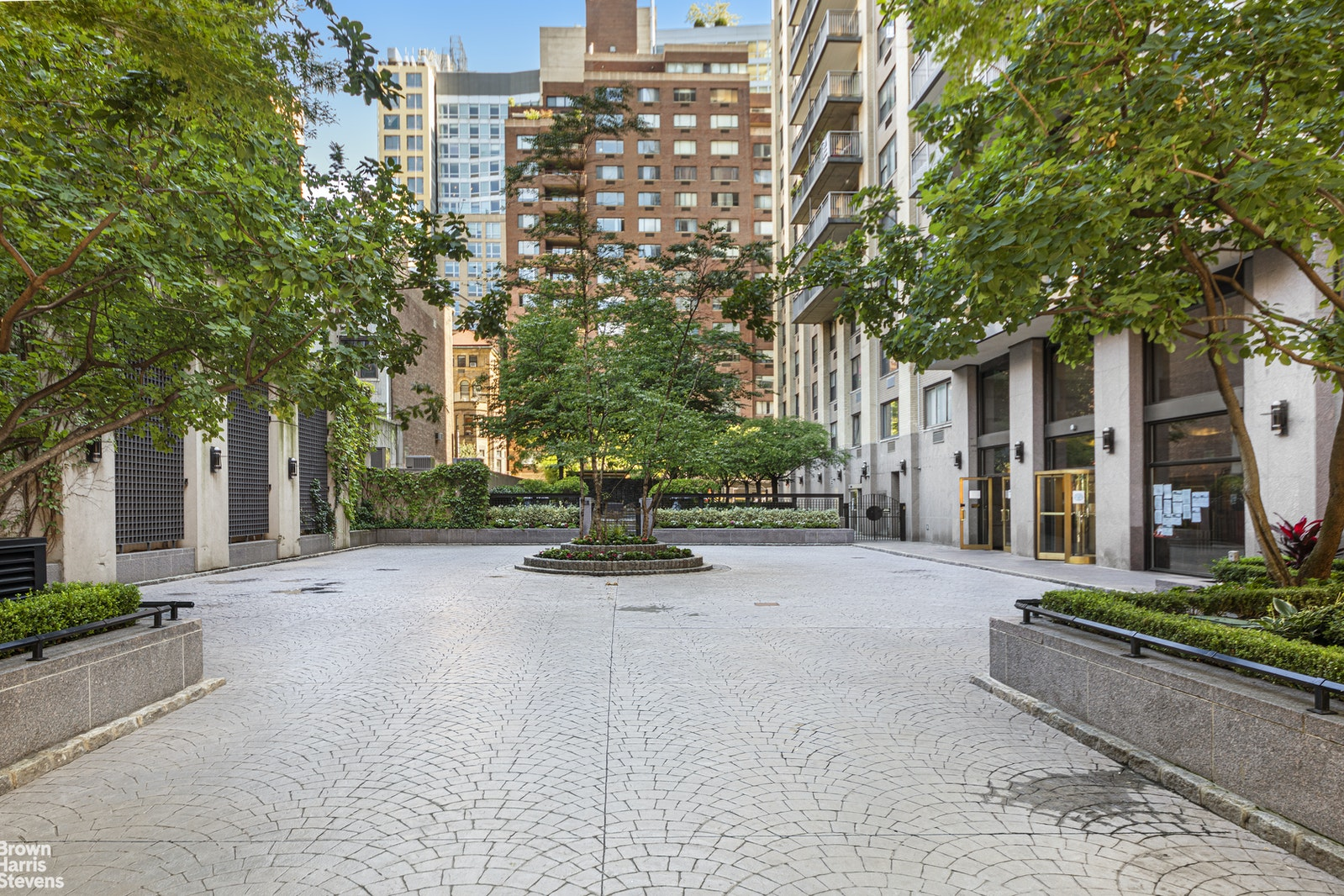 201 West 70th Street 19h, Upper West Side, NYC, 10023, $2,075,000, Property For Sale, Halstead Real Estate, Photo 12