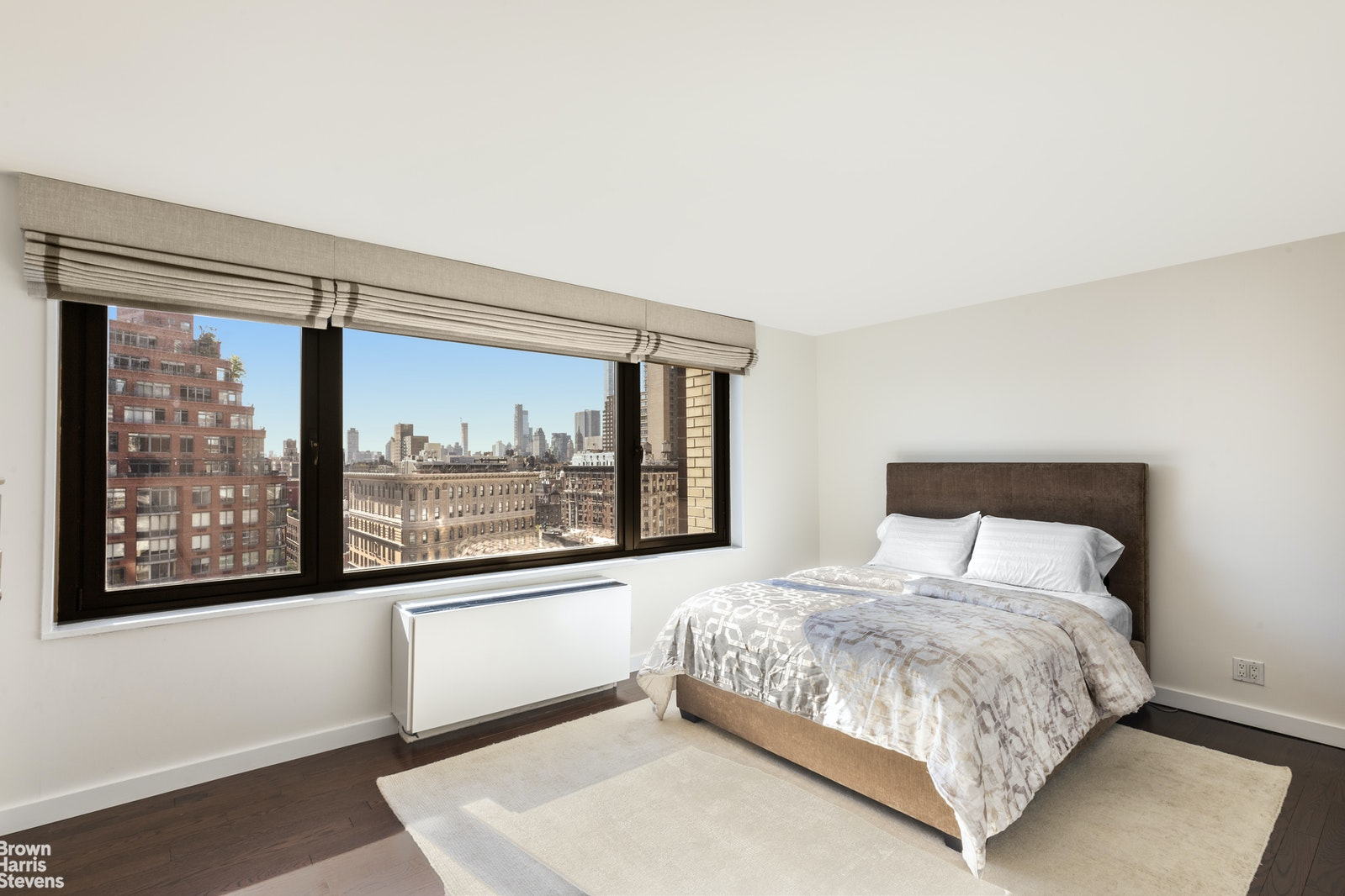 201 West 70th Street 19h, Upper West Side, NYC, 10023, $2,075,000, Property For Sale, Halstead Real Estate, Photo 6