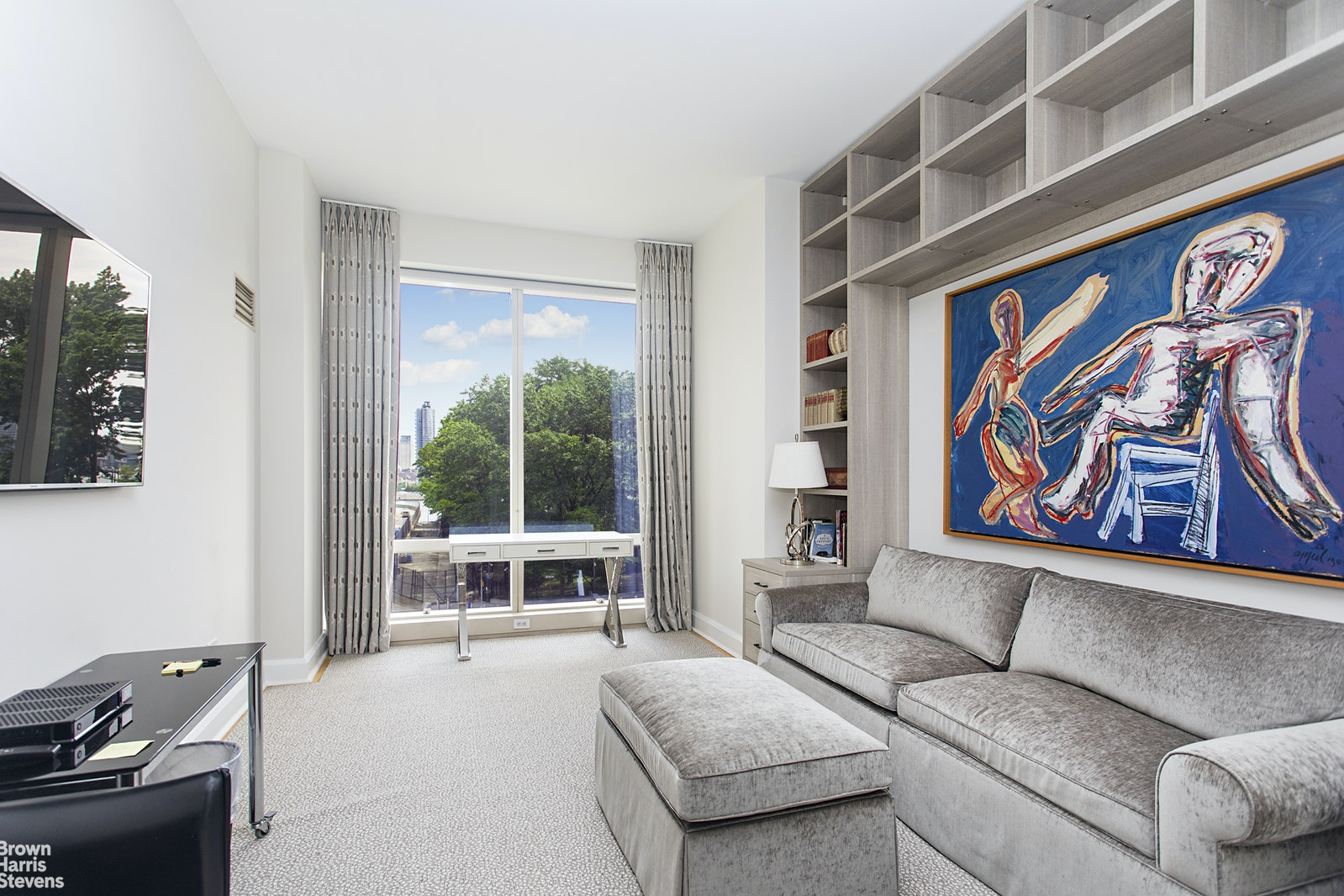 845 United Nations Plaza 5A, Midtown East, NYC, $2,950,000, Web #: 20280181