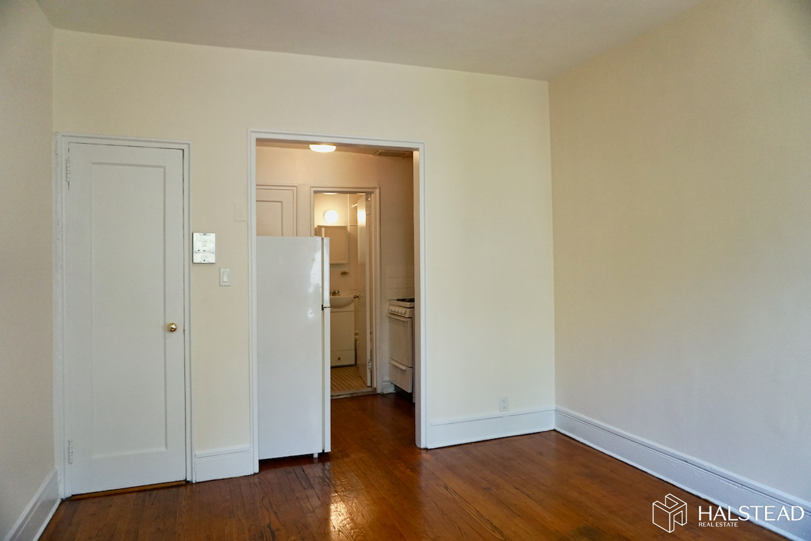 129 West 128th Street 3d, Upper Manhattan, NYC, 10027, $1,395, Rented Property, Halstead Real Estate, Photo 3