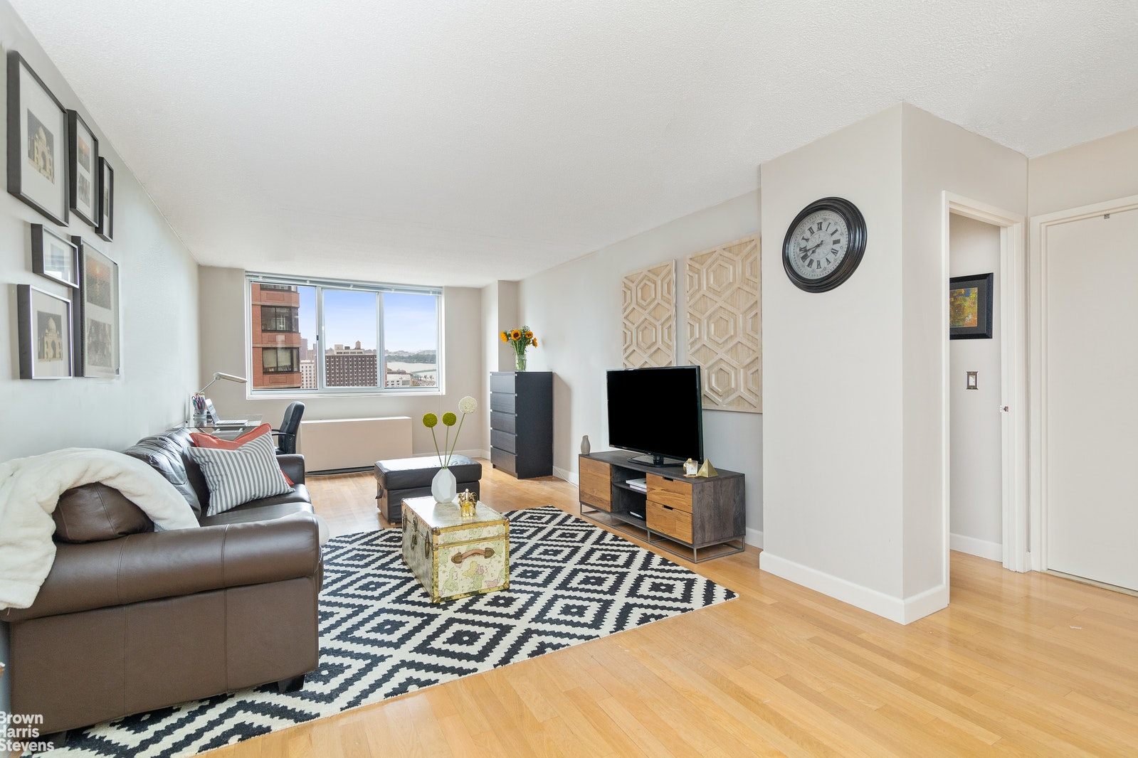 345 East 93rd Street 19b, Upper East Side, NYC, 10128, $599,000, Property For Sale, Halstead Real Estate, Photo 1