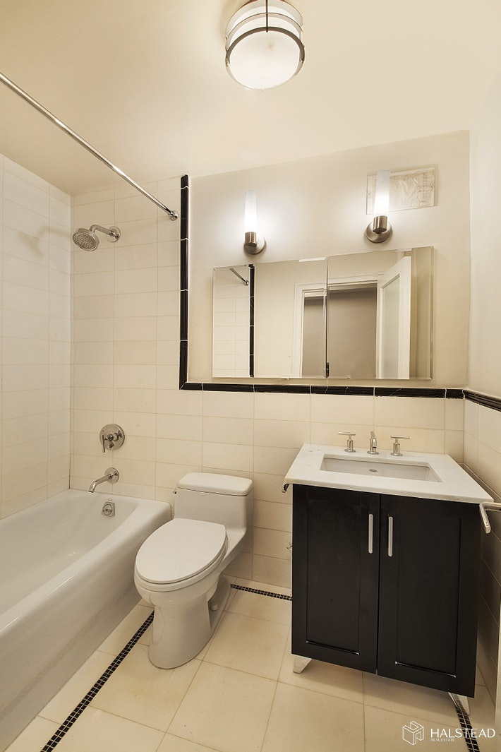 56 Seventh Avenue 5E, West Village, NYC, $3,325, Web #: 20307927