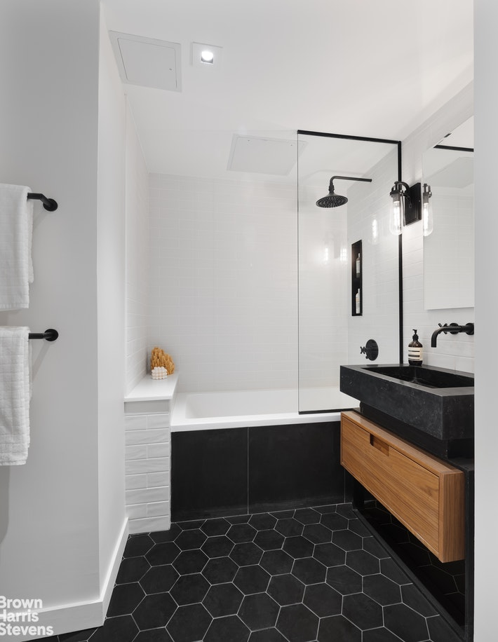 33 Frost Street 4a, Williamsburg, Brooklyn, NY, 11211, $1,560,000, Sold Property, Halstead Real Estate, Photo 12