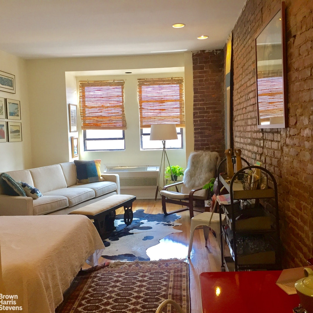 402 7th Avenue 2C, Park Slope, Brooklyn, NY, $1,850, Web #: 20366798