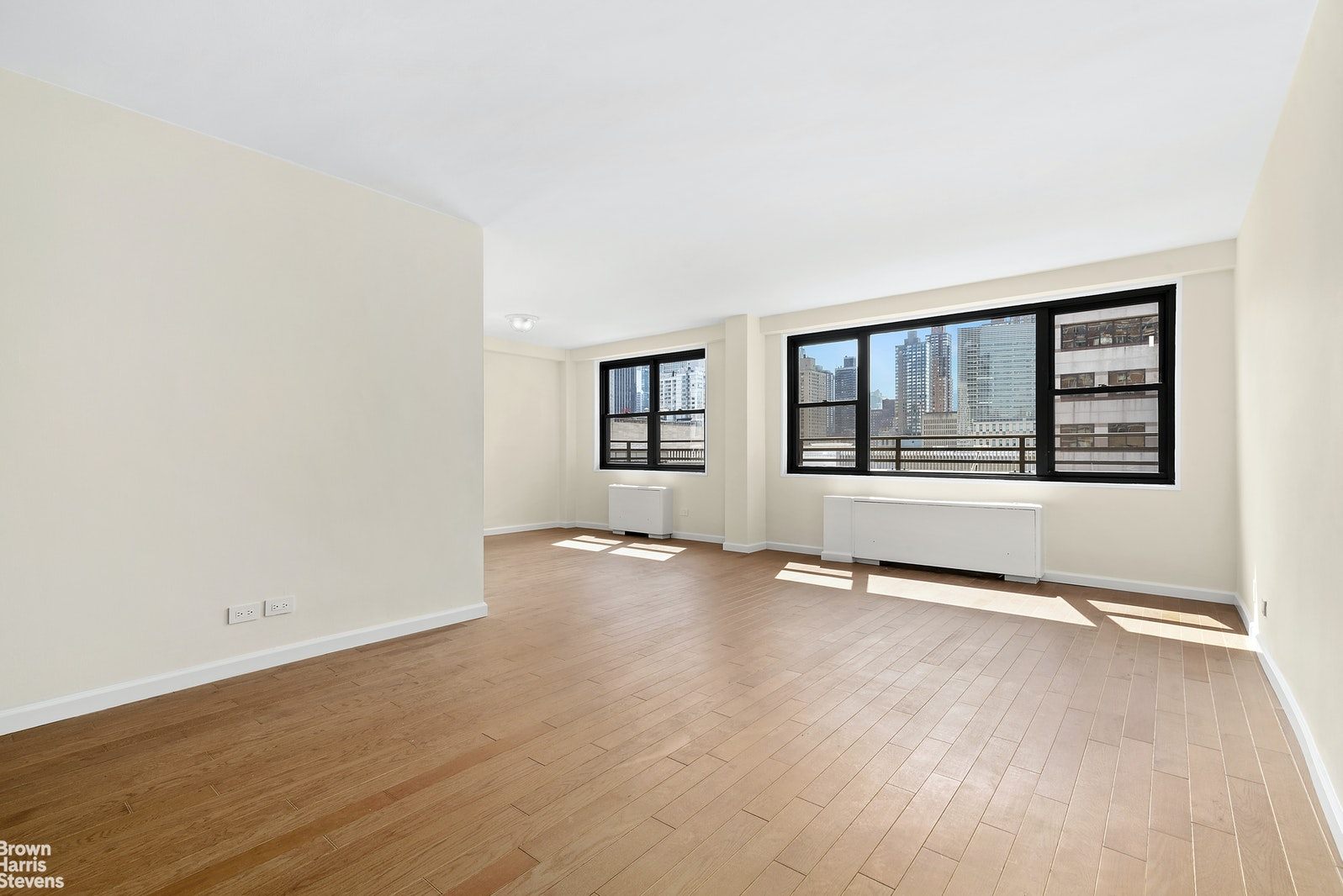 165 West 66th Street 14T, Upper West Side, NYC, $2,375,000, Web #: 20371785