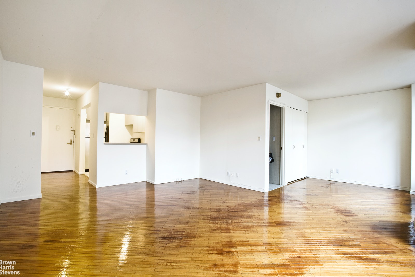 400 East 70th Street 1103, Upper East Side, NYC, $2,300, Web #: 20398918