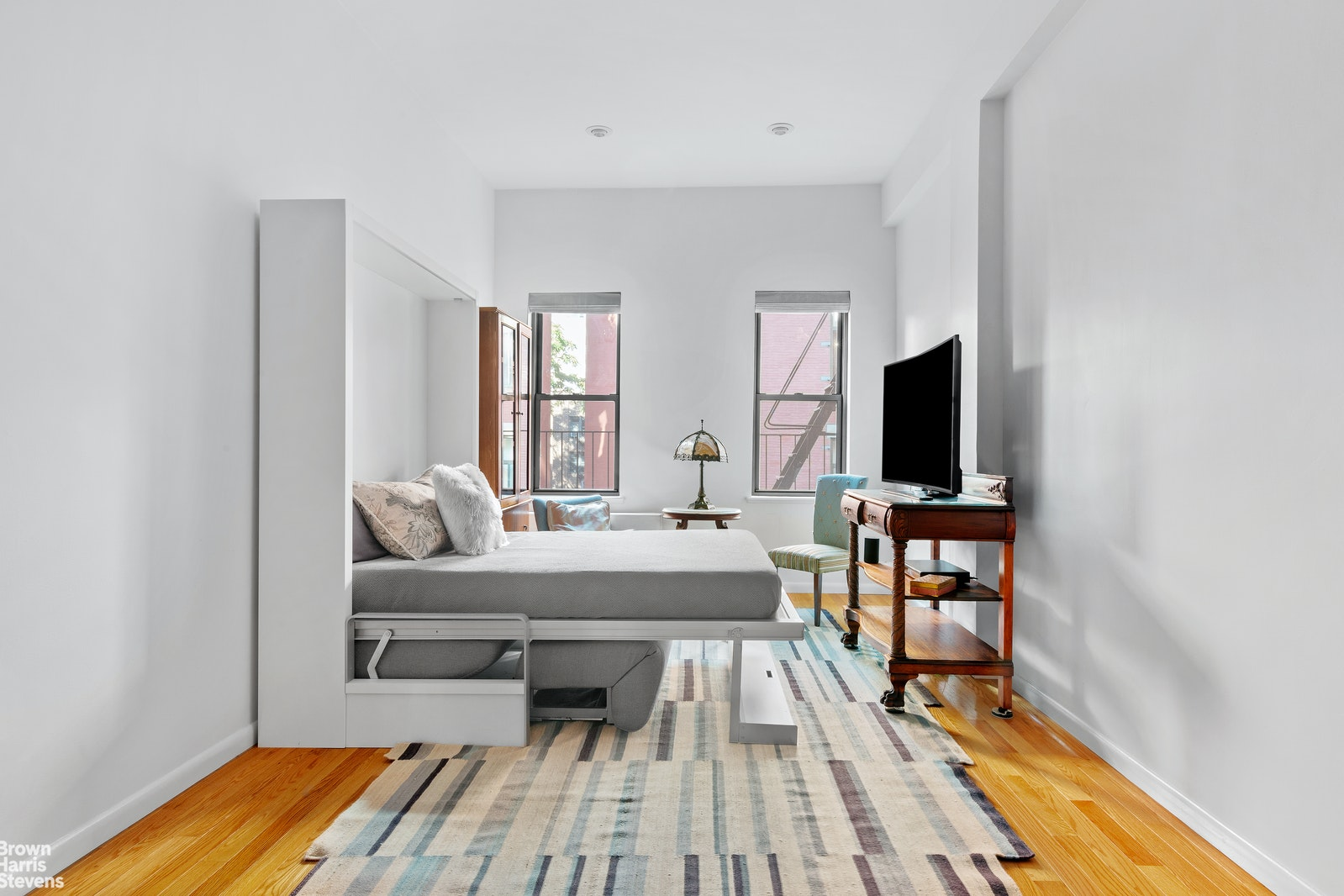 23 Waverly Place 4d, Greenwich Village, NYC, 10003, $525,000, Property For Sale, Halstead Real Estate, Photo 2