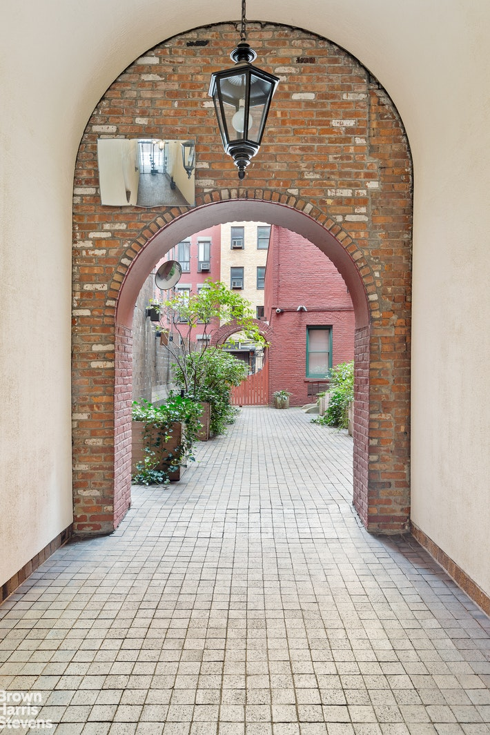 23 Waverly Place 4d, Greenwich Village, NYC, 10003, $525,000, Property For Sale, Halstead Real Estate, Photo 8
