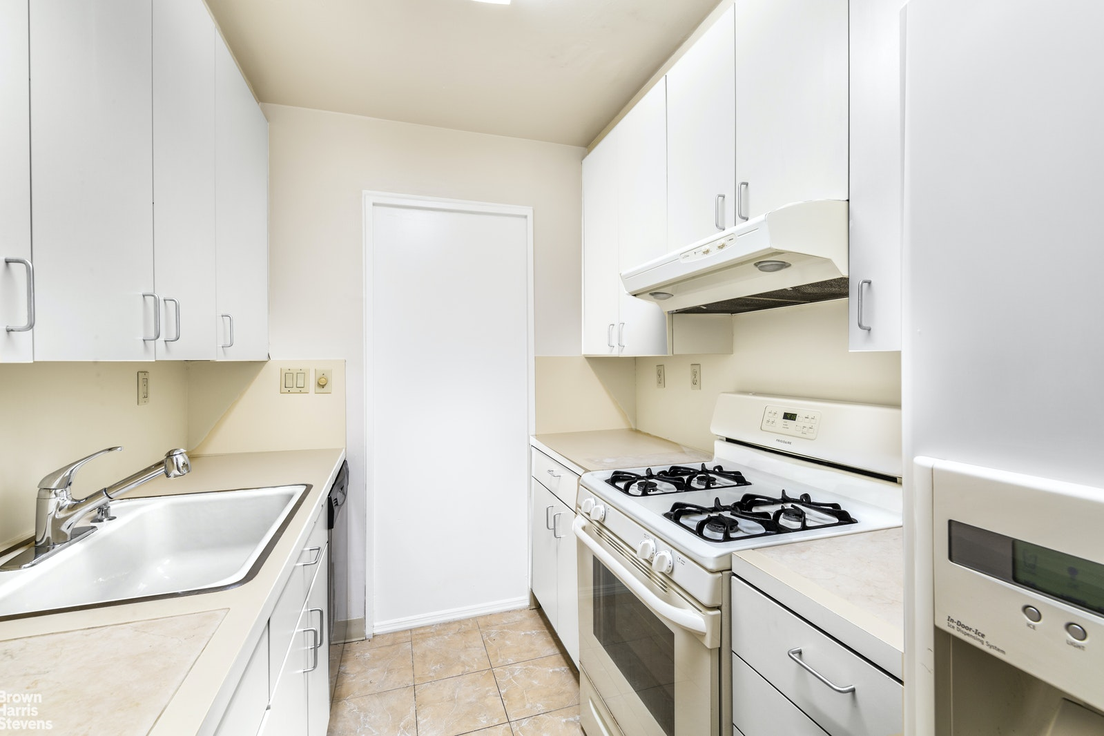 155 East 34th Street 14r, Midtown East, NYC, 10016, $1,100,000, Property For Sale, Halstead Real Estate, Photo 9
