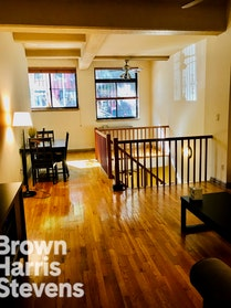 HUGE 2BR DUPLEX WITH OUTDOOR SPACE