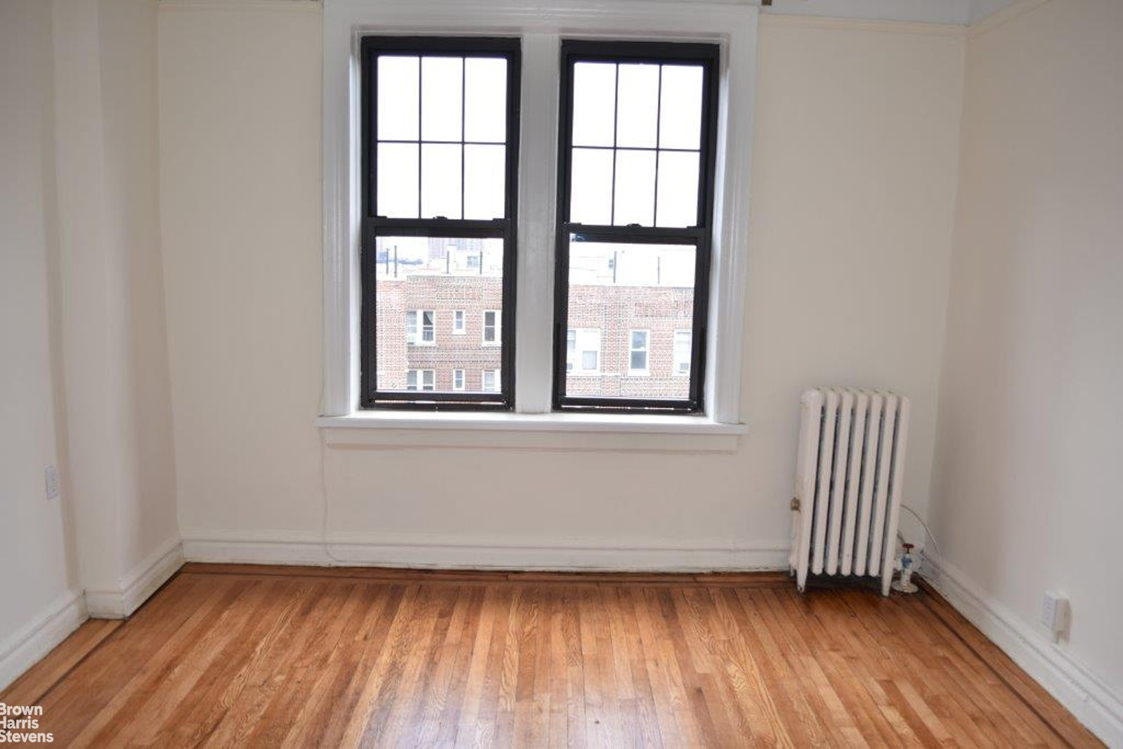 196 Pinehurst Avenue, Upper Manhattan, NYC, $1,952, Web #: 20451253