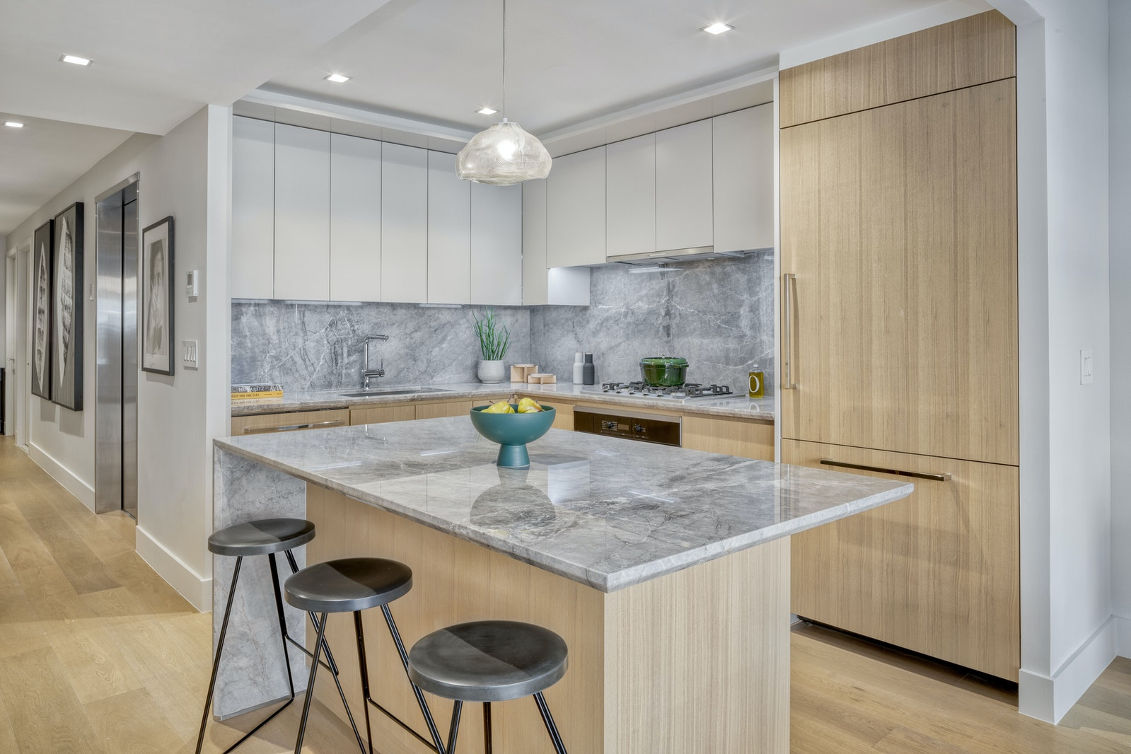 424 West 52nd Street 6, Midtown West, NYC, 10019, $2,369,000, Property For Sale, Halstead Real Estate, Photo 2