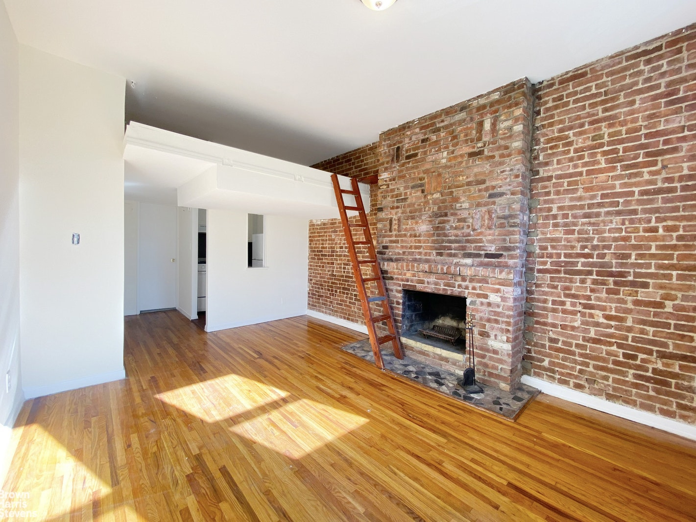 437 West 48th Street 3D, Midtown West, NYC, $1,650, Web #: 20489095