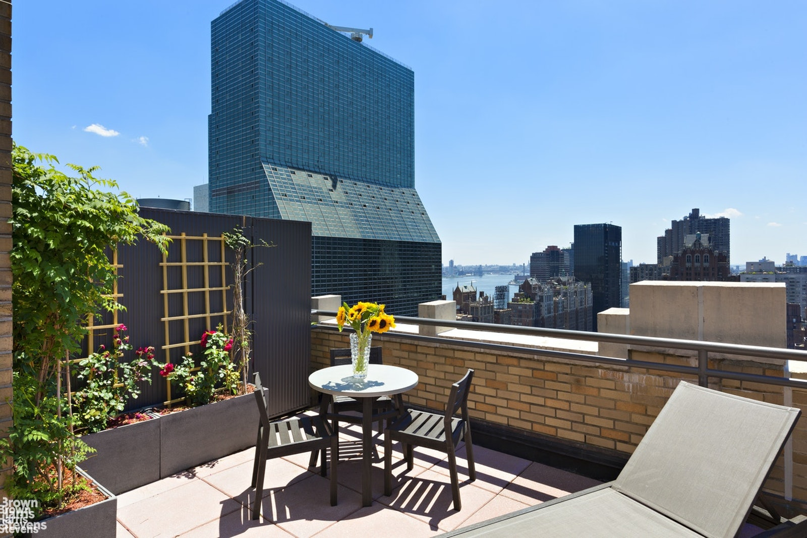 310 East 46th Street 19G, Midtown East, NYC, $2,800, Web #: 20513406