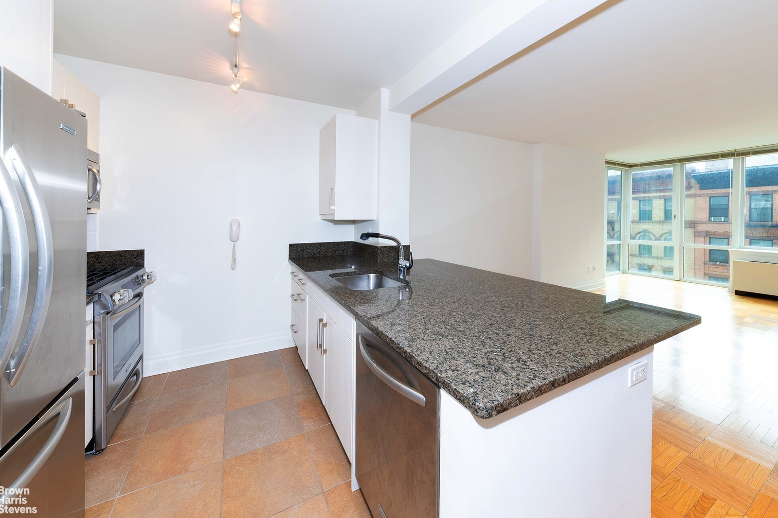 1510 LEXINGTON AVENUE 5D