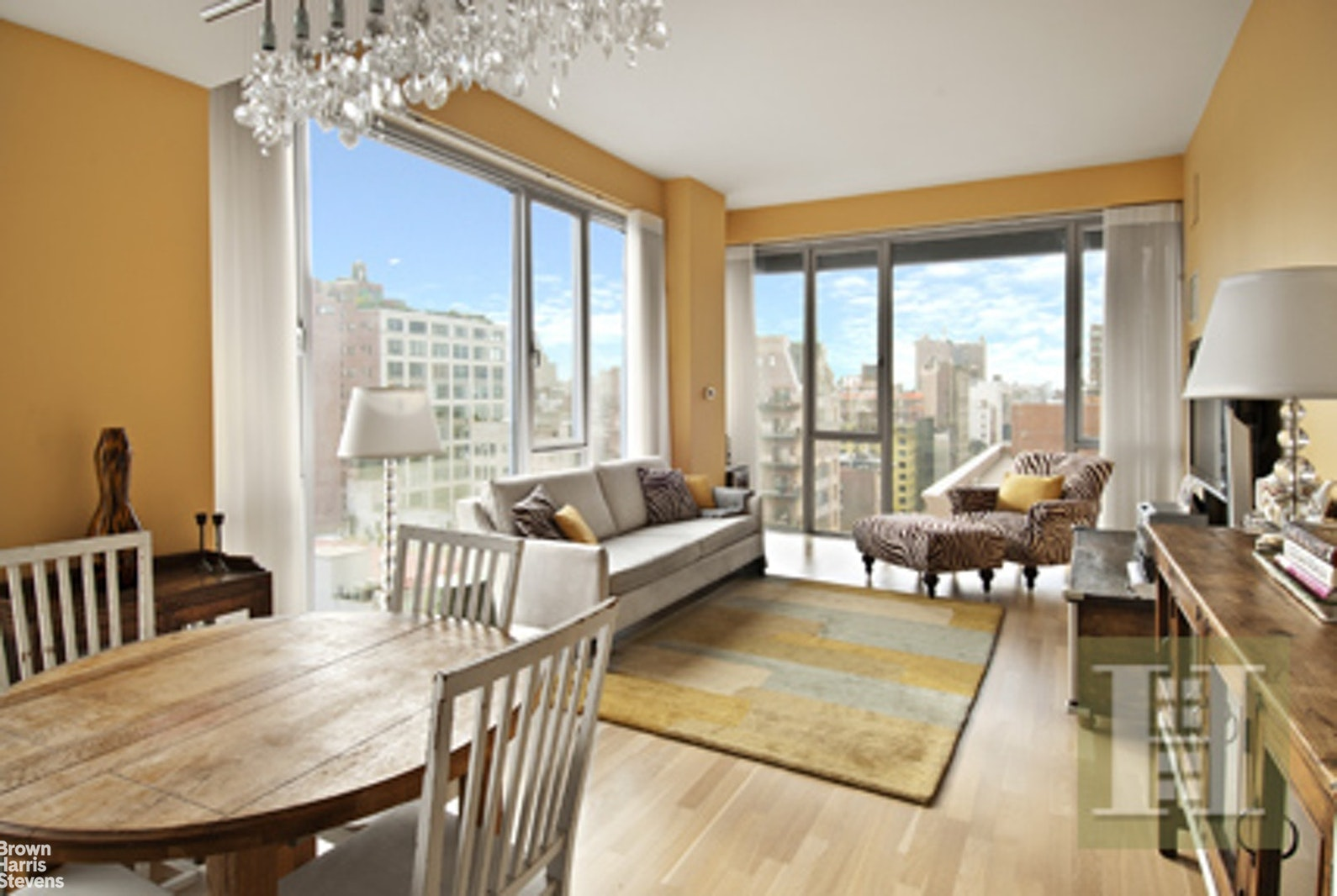110 Third Avenue 15A, East Village, NYC, $6,800, Web #: 20565167