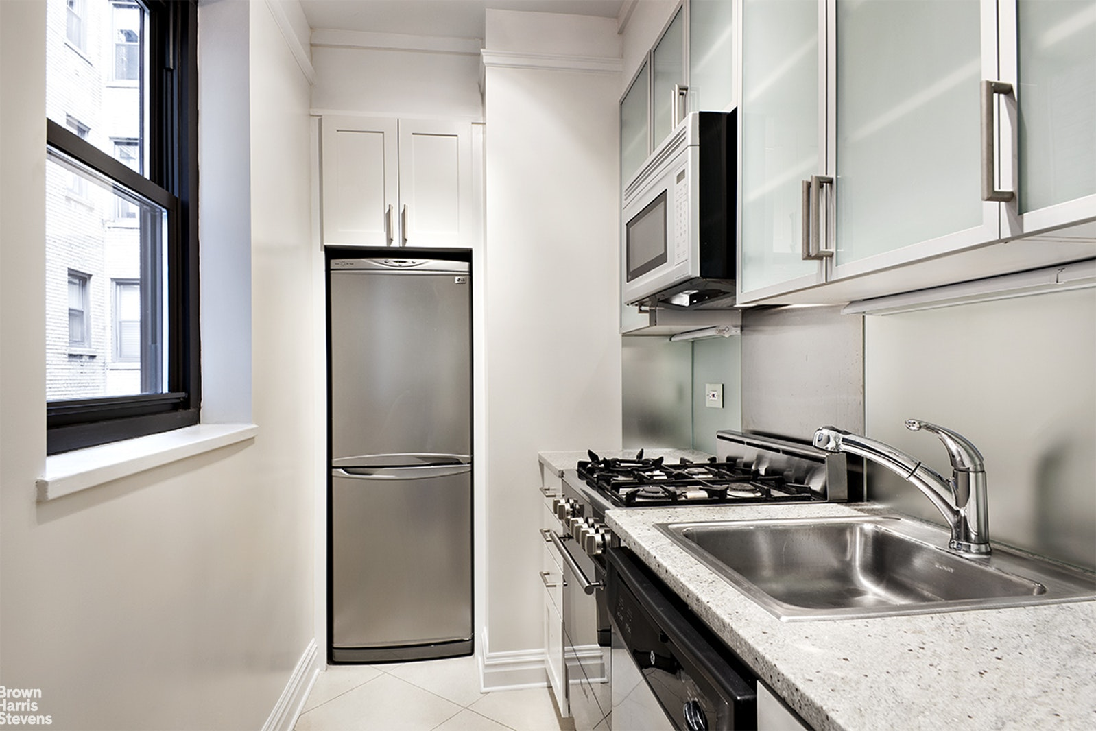 340 East 52nd Street 2f, Midtown East, NYC, 10022, $2,762, Property For Rent, Halstead Real Estate, Photo 3
