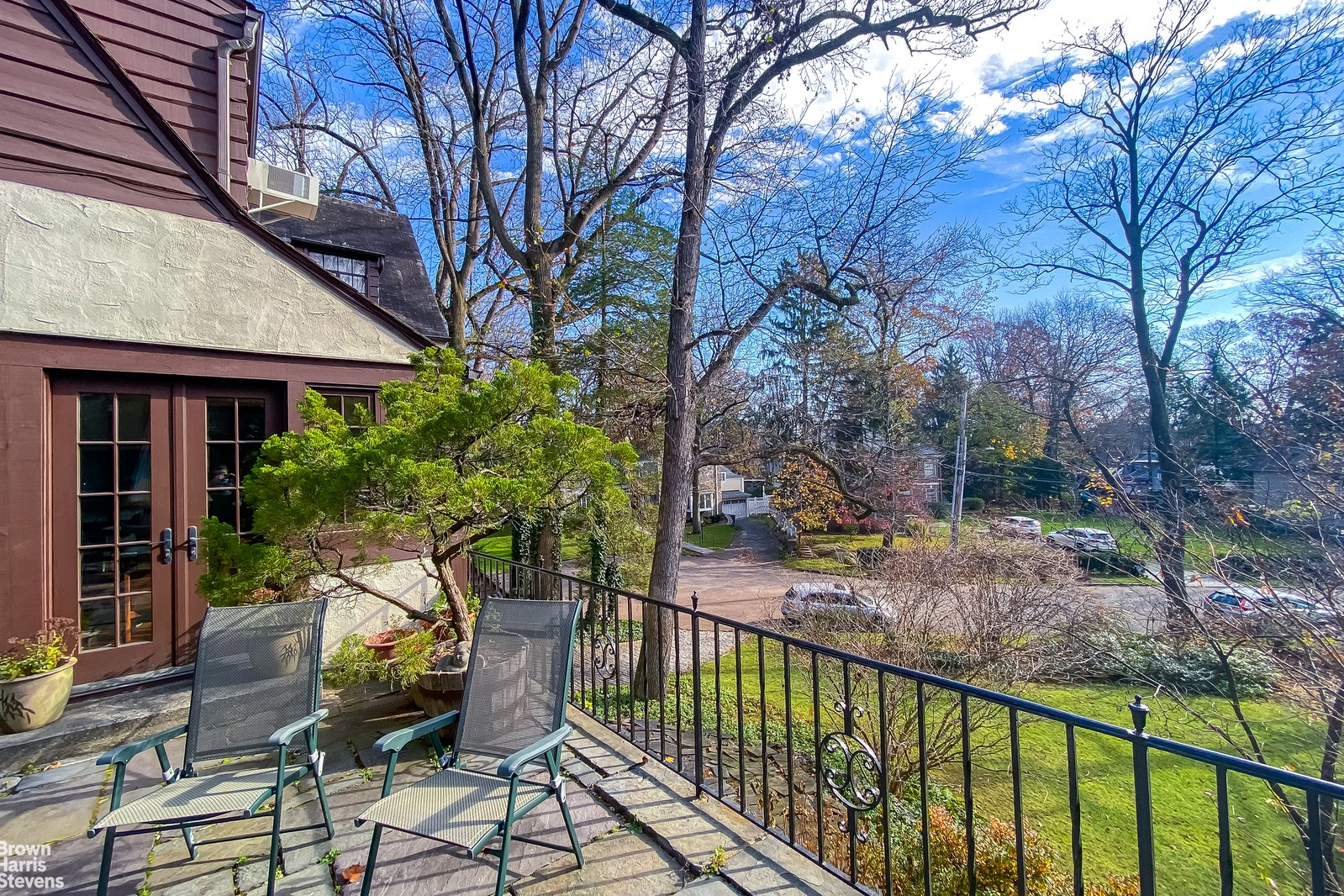 350 West 246th Street, Fieldston, New York, $1,700,000, Web #: 20695407