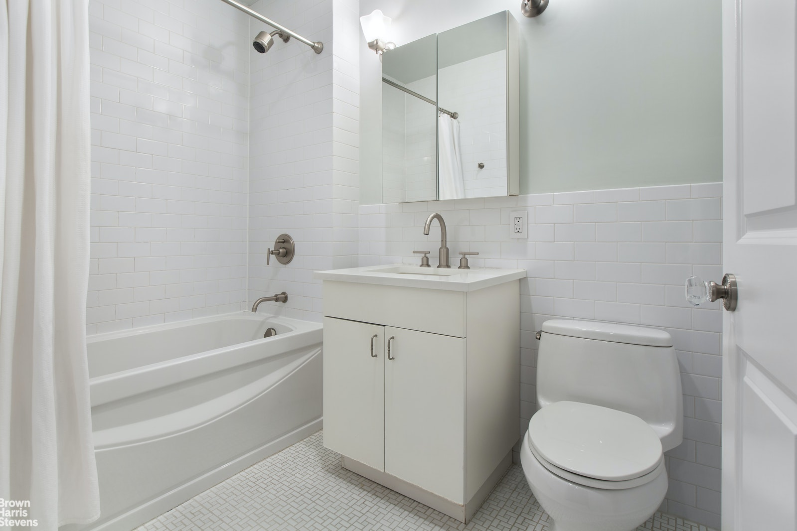 238 West 108th Street Garden, Upper West Side, NYC, 10025, $2,595,000, Property For Sale, Halstead Real Estate, Photo 9