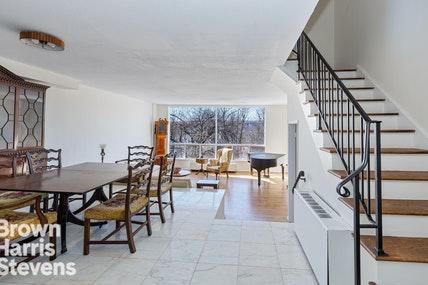 4433 DOUGLAS AVENUE HOUSE
