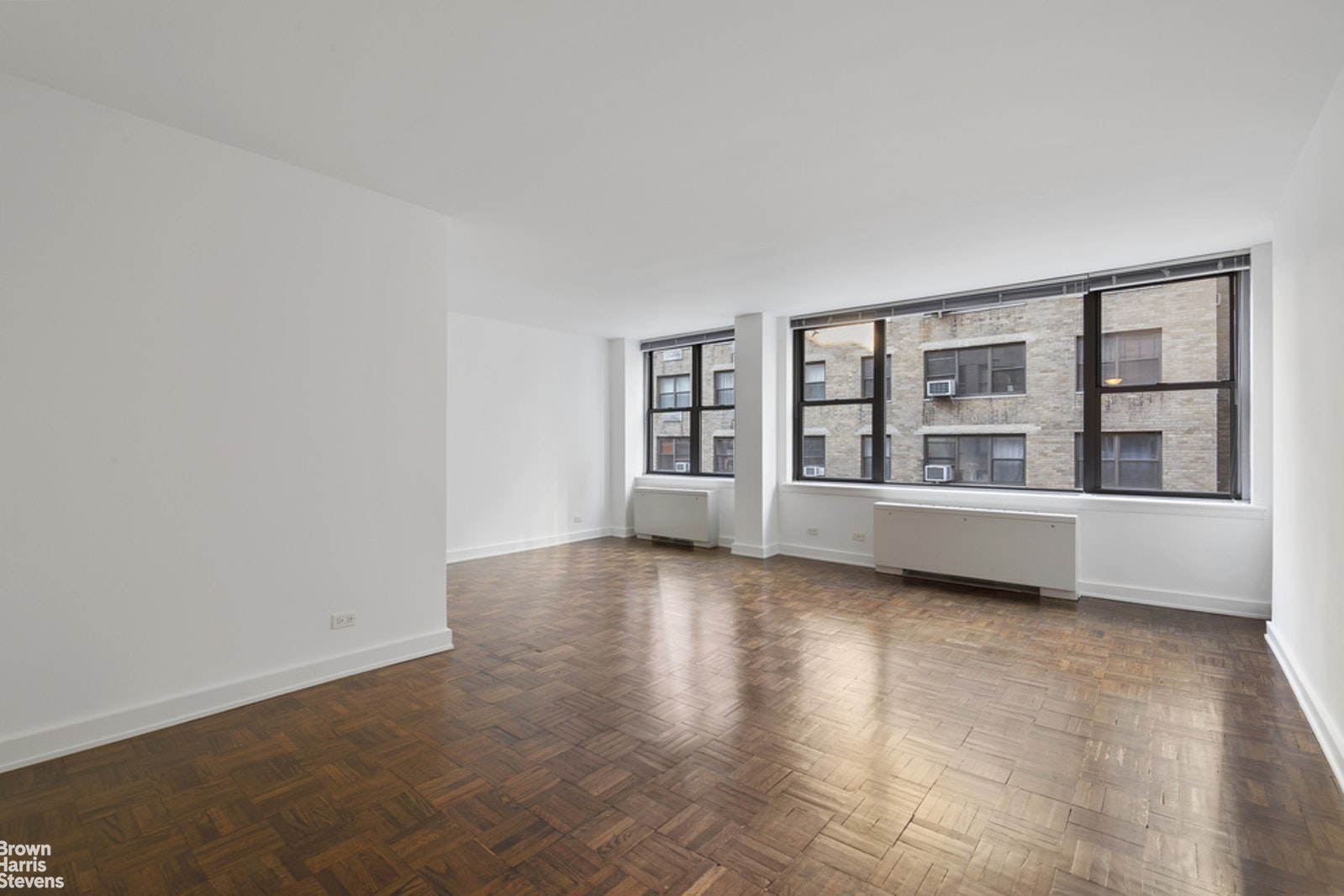 155 East 55th Street 9B, Midtown East, NYC, $2,200, Web #: 20703173