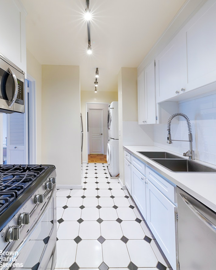 303 East 57th Street 24e, Midtown East, NYC, 10022, $495,000, Property For Sale, Halstead Real Estate, Photo 6