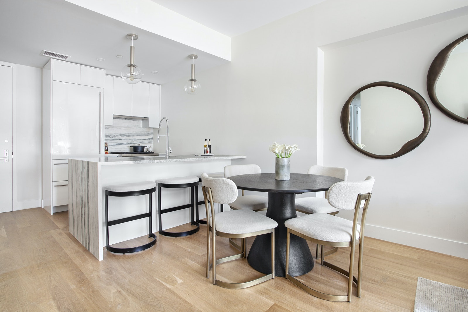 427 East 90th Street 3b, Upper East Side, NYC, 10128, $1,948,000, Property For Sale, Halstead Real Estate, Photo 2