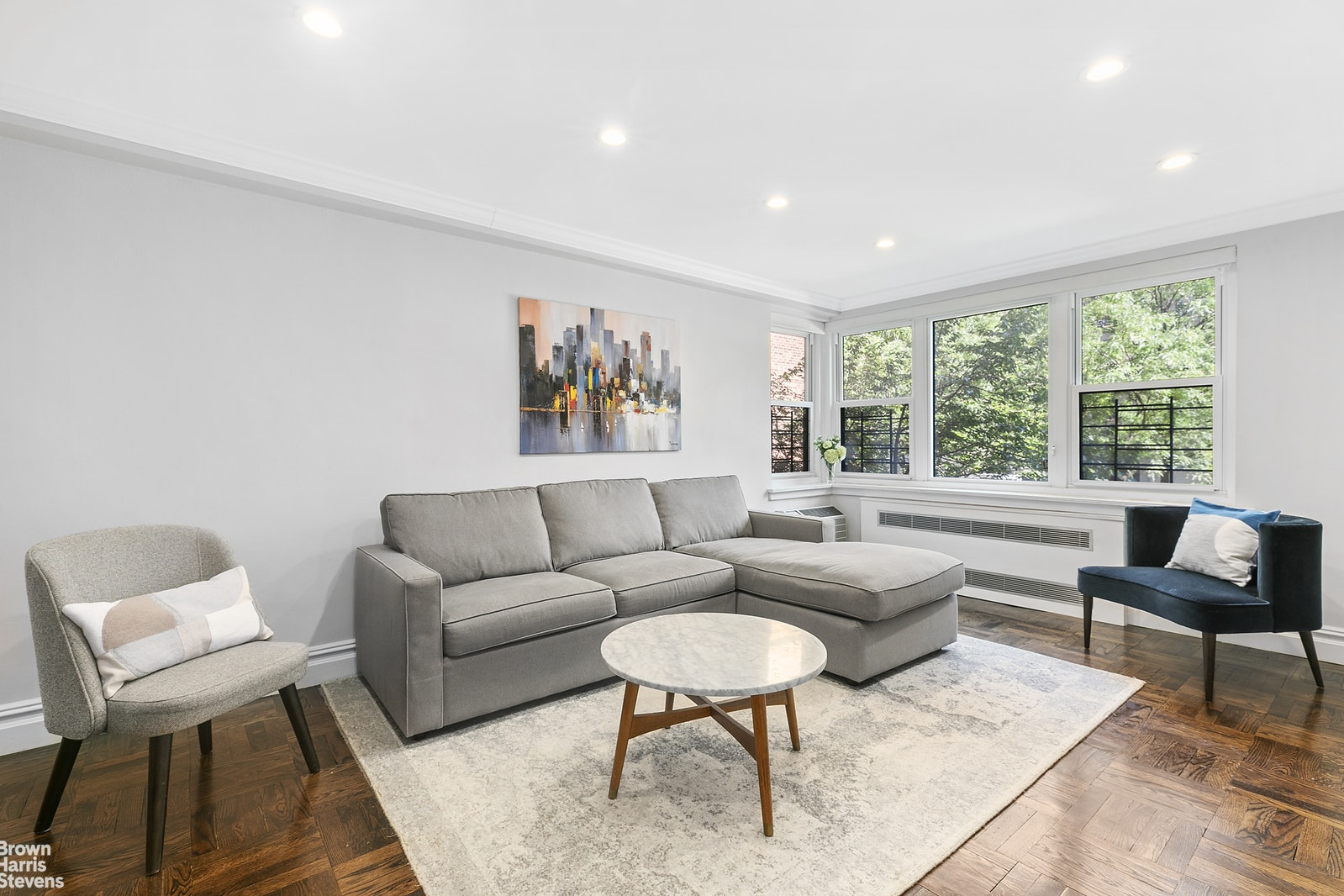 11 Riverside Drive, Upper West Side, NYC, $7,800, Web #: 20810668