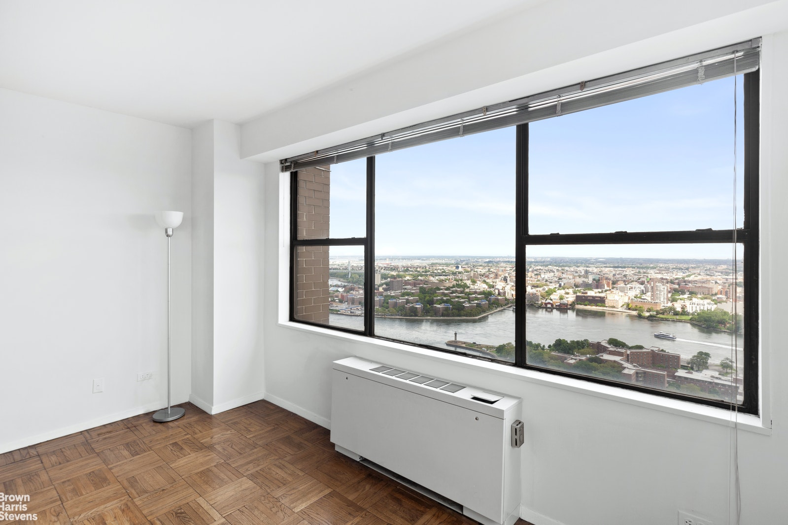 60 East End Avenue 42A, Upper East Side, NYC, $2,550,000, Web #: 20818685
