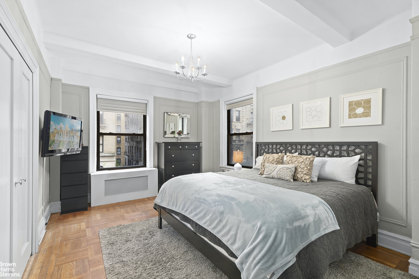 215 West 92nd Street 4H, Upper West Side, NYC, $750,000, Web #: 20863336