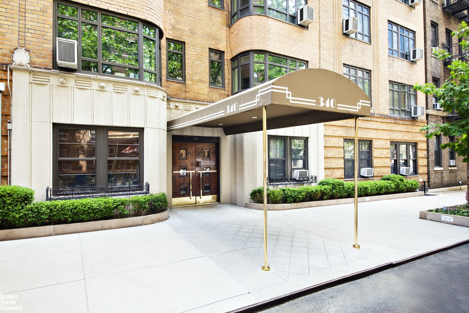 340 East 52nd Street 2H, Midtown East, NYC, $2,500, Web #: 20879026