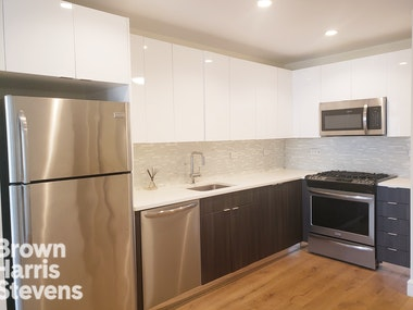 25 -21 43RD AVE 310