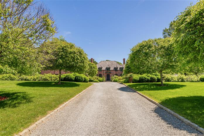 55 Mooreland Road, Greenwich, Connecticut, 06831, $6,200,000, Property For Sale, Halstead Real Estate, Photo 2