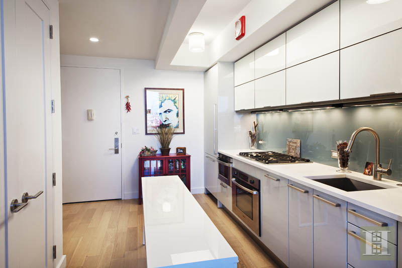 22 North 6th Street 23f, Williamsburg, Brooklyn, NY, 11249, $599,000, Sold Property, Halstead Real Estate, Photo 2