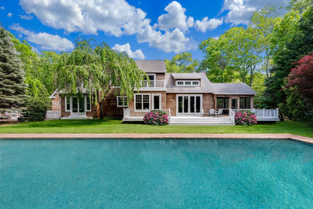 14 Hickory CT, East Hampton, NY, 11937, $1,995,000, Property For Sale, Halstead Real Estate, Photo 2