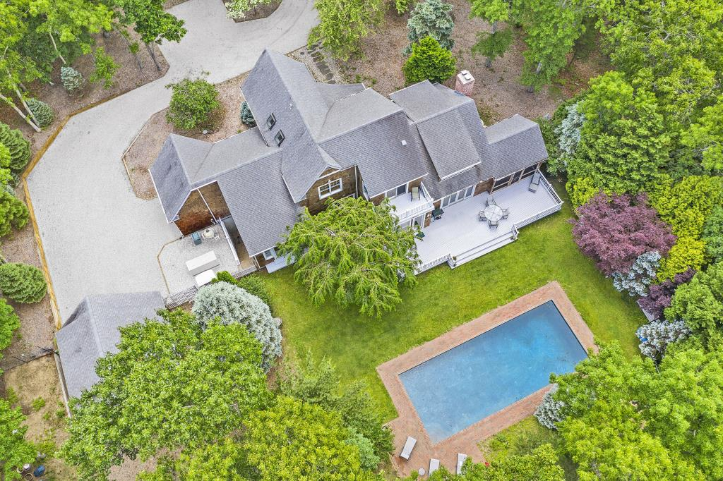 14 Hickory CT, East Hampton, NY, 11937, $1,995,000, Property For Sale, Halstead Real Estate, Photo 6