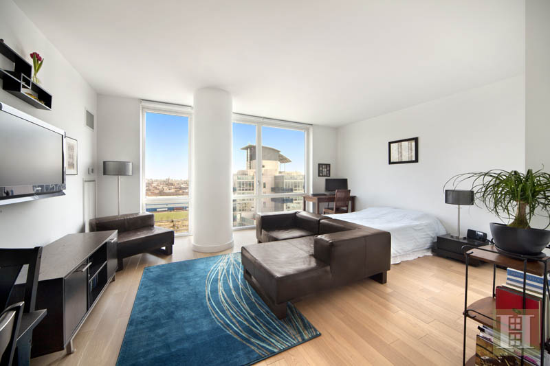 22 North 6th Street 18f, Williamsburg, Brooklyn, NY, 11249, $599,000, Sold Property, Halstead Real Estate, Photo 3